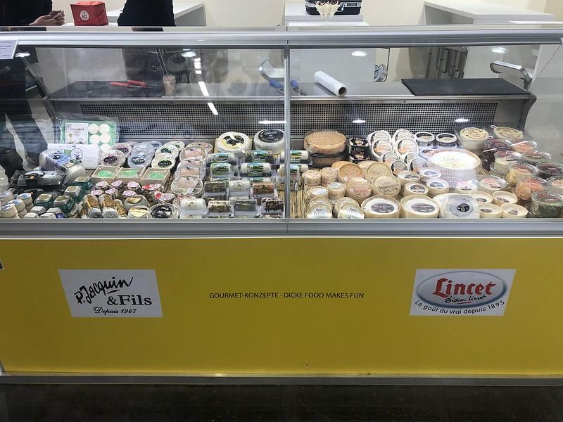 Los quesos se conservan mejor en frío