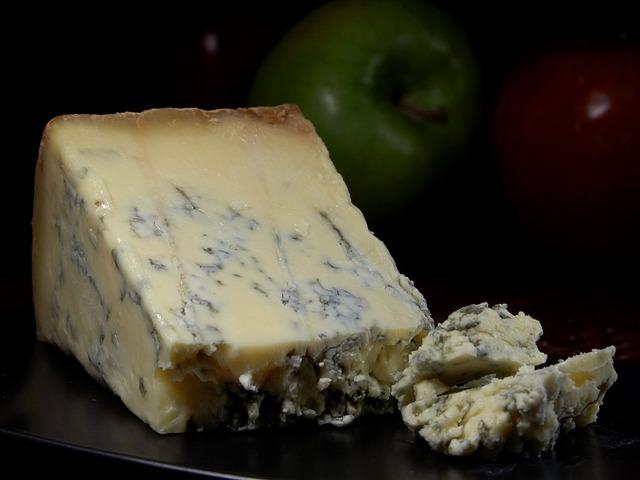 Moho natural en el queso